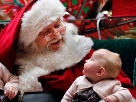 santaclaus-kid-mall-ap12_copy